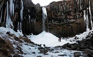 svartifoss-waterfall-iceland310x191.jpg