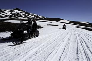 1 Hour Snowmobile tour from Lake Myvatn